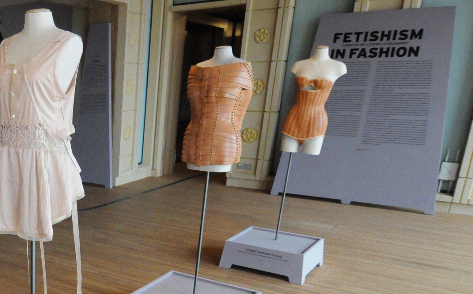 Furniture For Fashion Work Ineke Hans Studio
