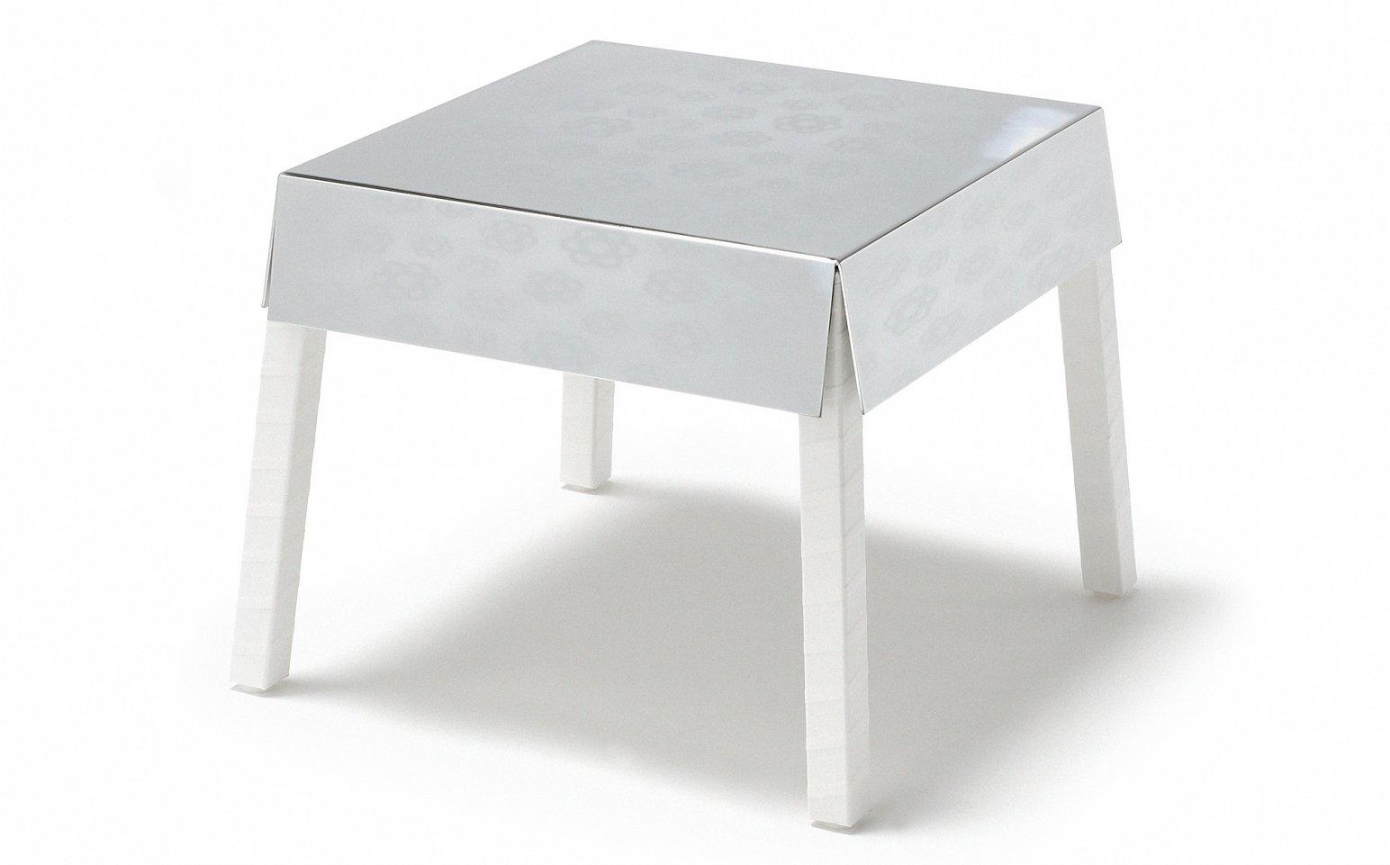Beau Shiny Table