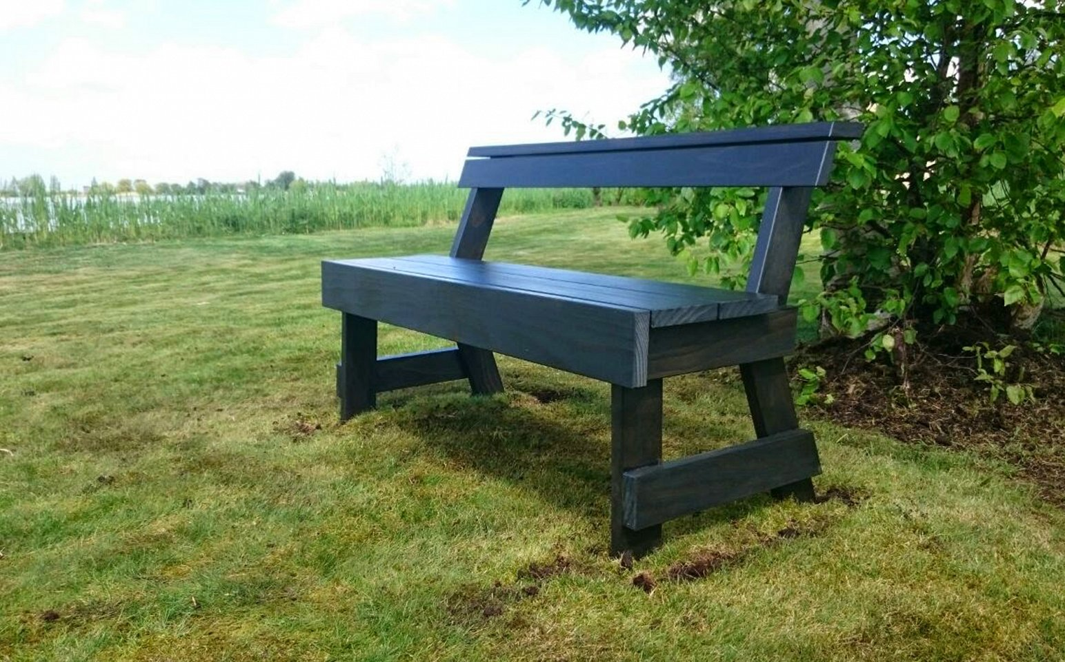 Bench with back on island